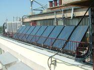 Békéscsabai társasházon 30db napkollektor