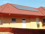 Hőszivattyús fűtésrásegítő rendszer 6db napkollektorral kombinálva